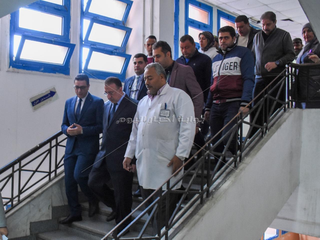 محافظ الإسكندرية يحيل طاقم استقبال الطوارئ بمستشفى القباري للتحقيق