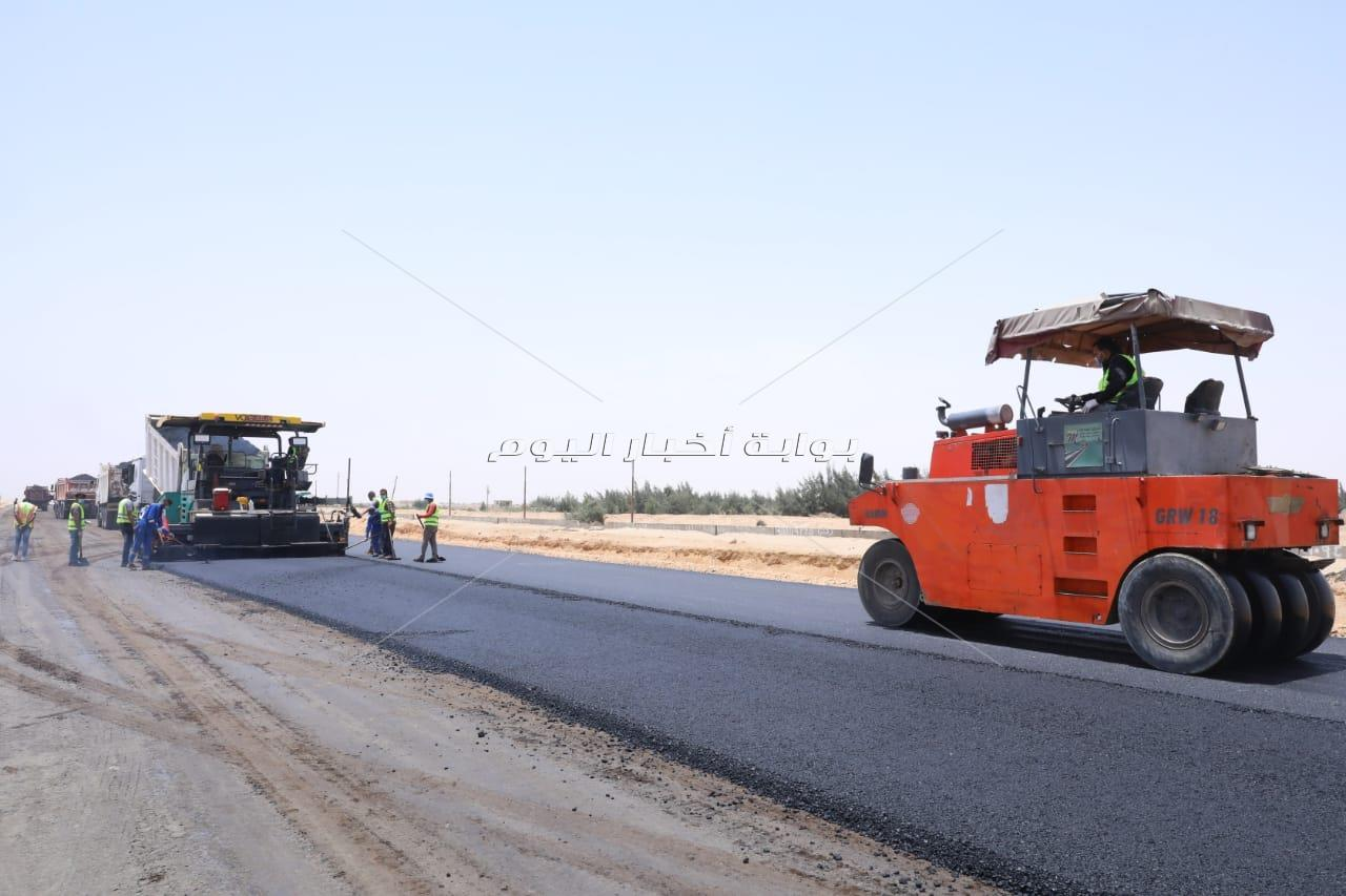 وزير النقل يتفقد المرحلة الأولى من تطوير  طريق القاهرة/ أسوان