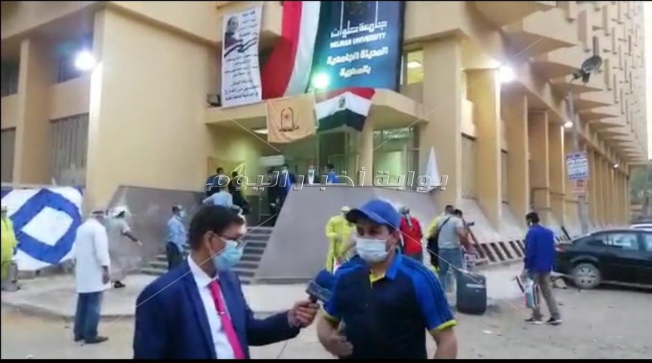 """الفوج الأول من المصريين العائدين من الخارج يشيدون باستقبال جامعة حلوان لهم """"استقبال يفوق الوصف"""""""