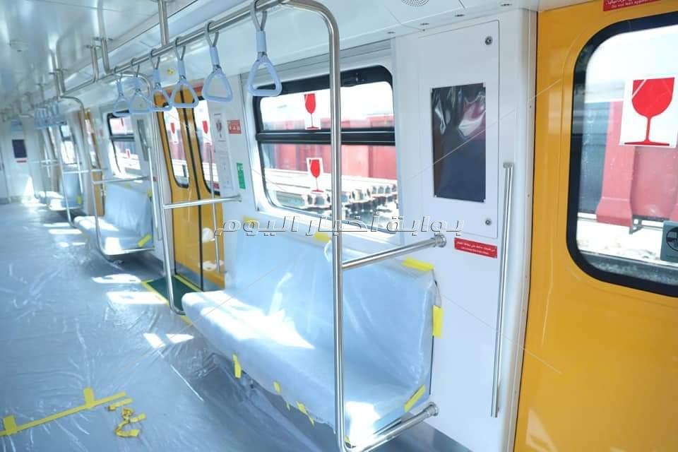 وصول ثاني قطار مترو مكيف قادم من كوريا