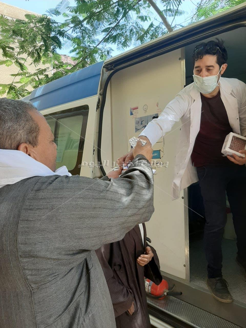 وزيرة الصحة تعلن أعداد مرضى كورونا الذين تلقوا العلاج في العزل المنزلي