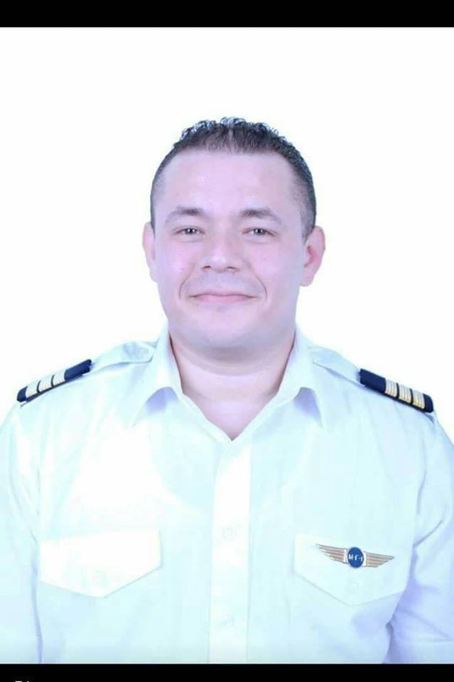صورة قائدى الطائرة الشراعية المنكوبة بمطار الجونة بالغردقة