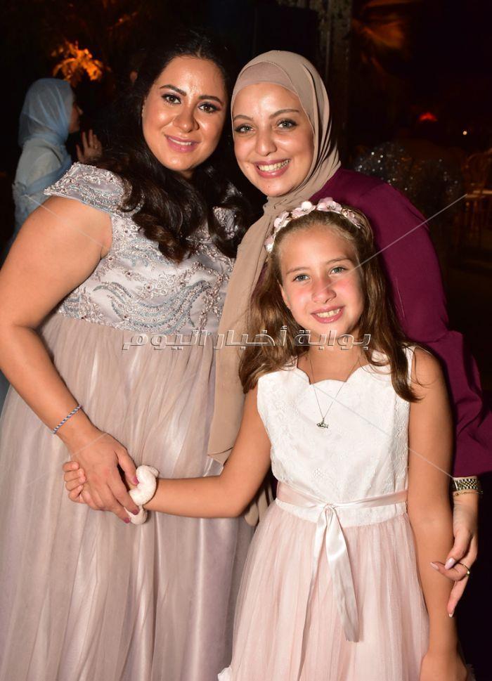 نجوم مسرح مصر يحتفلون بزفاف شقيقة مصطفى خاطر
