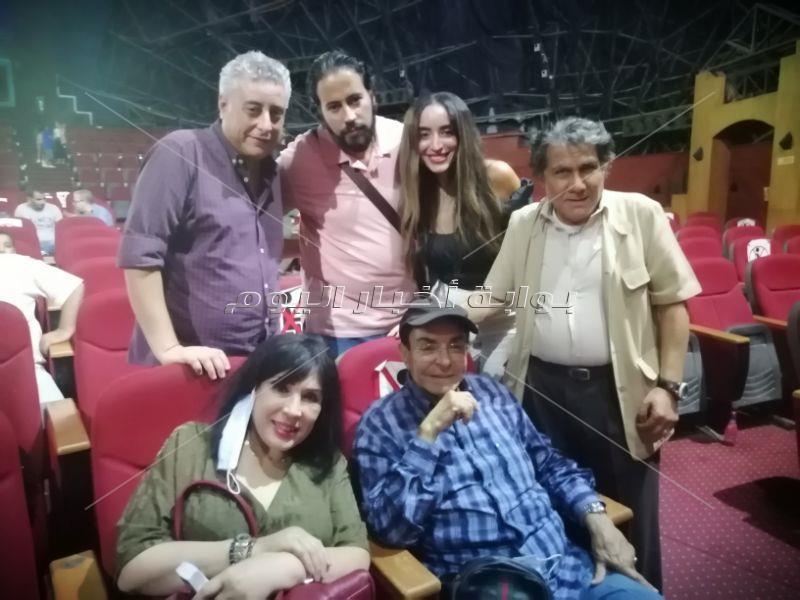 "سمير صبري يُشاهد ""سيد درويش"" لميدو عادل ولقاء سويدان"