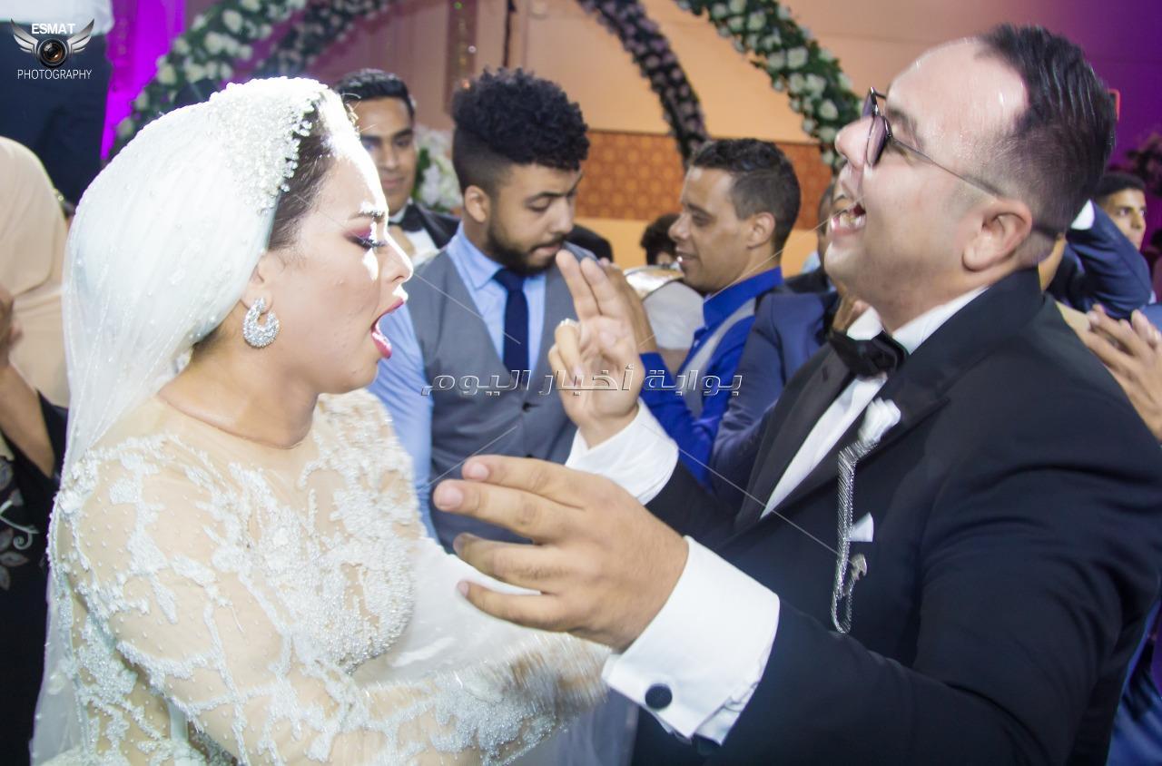الليثي يُشعل حفل زفاف «أحمد ولمياء»