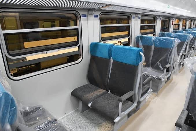 بعد وصول 103 عربة.. ننشر صور جديدة من داخل القطارات الروسية الجديدة