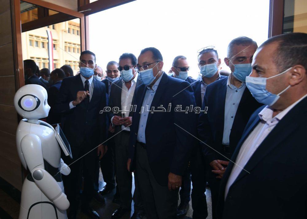 جولة رئيس الوزراء بجامعه كفر الشيخ تصوير اشرف شحاتة