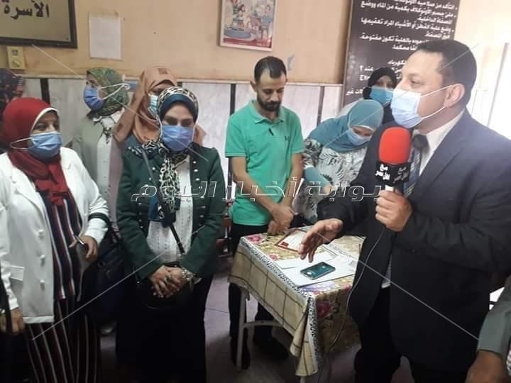 وكيل وزارة الصحة يعطى شارة بدء فعاليات الحملة التنشيطية لتنظيم الأسرة والصحة الانجابية