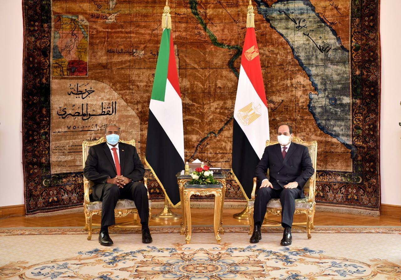 الرئيس السيسي: موقف مصر ثابت من دعم أمن واستقرار السوادن