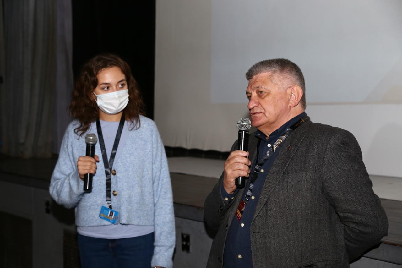ندوة فيلم «الشمس» بمهرجان القاهرة السينمائي