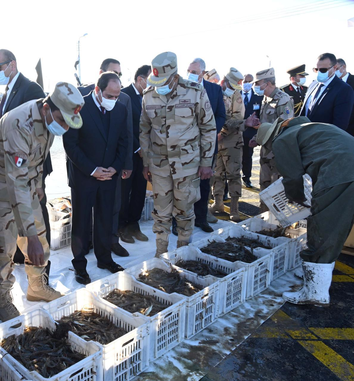 الرئيس السيسي خلال افتتاح مشروع الفيروز للاستزراع السمكي ببورسعيد