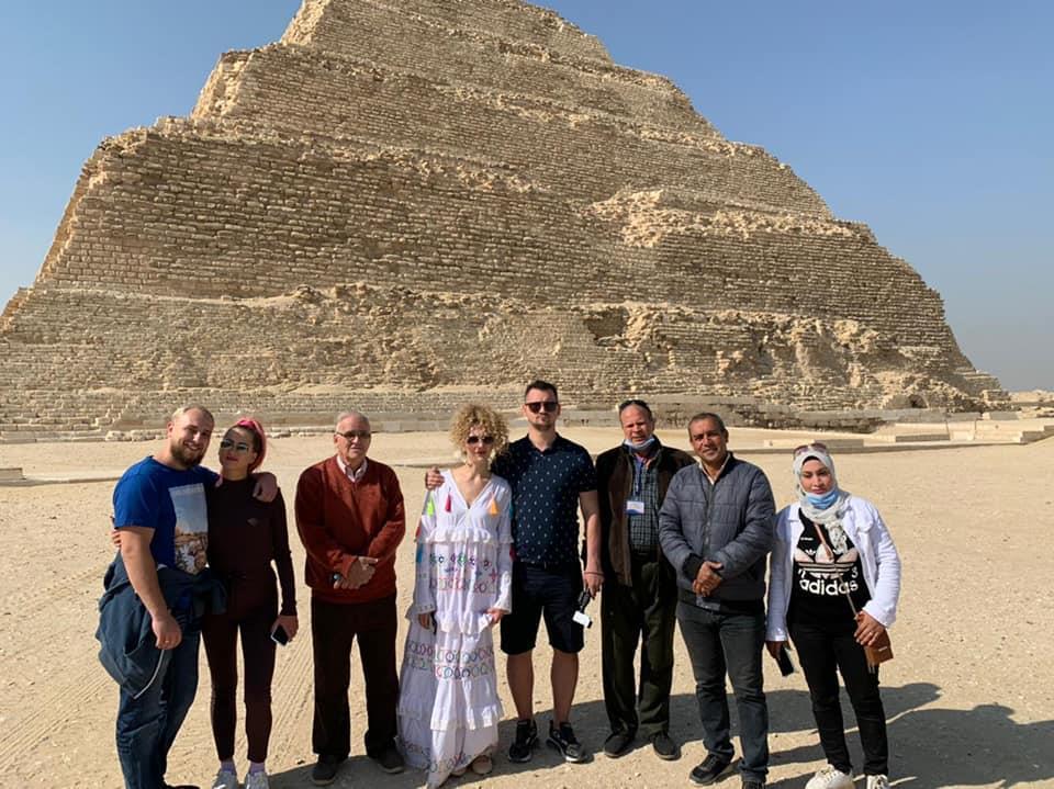 مدونين عالمين يروجون للسياحة المصرية بطريقتهم الخاصة... صور