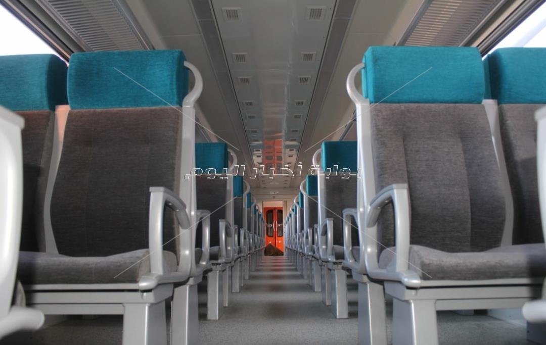 المعاناة تتحول إلى راحة ورفاهية.. القطار «الروسى» يكسب «المميز»| صور
