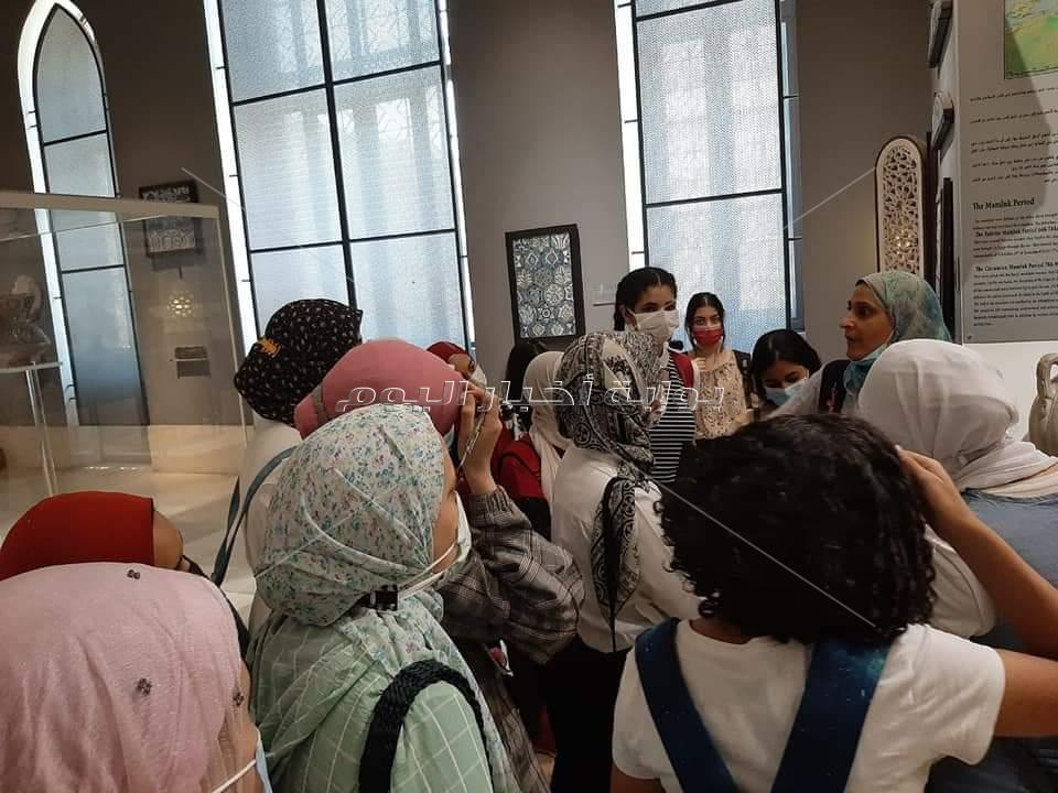 متحف الفن الإسلامي يستقبل طالبات من مدرسة المتفوقات في العلوم و التكنولوجيا