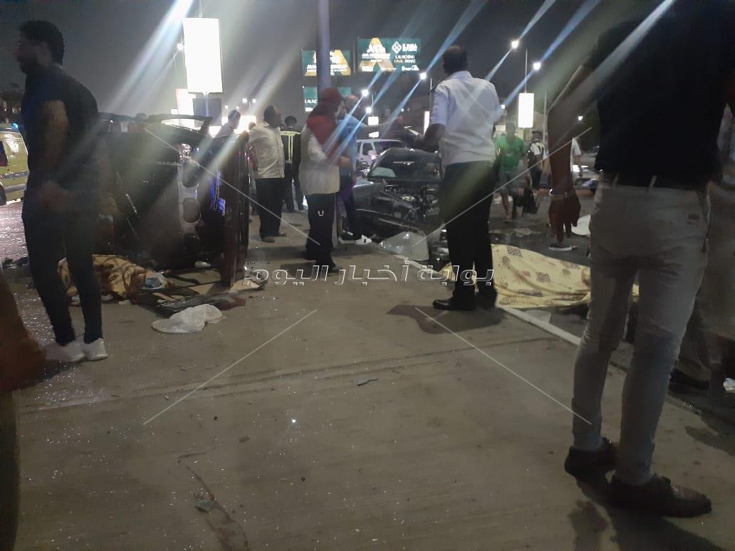 حادث تصادم سيارتين بكوبري الجلاء