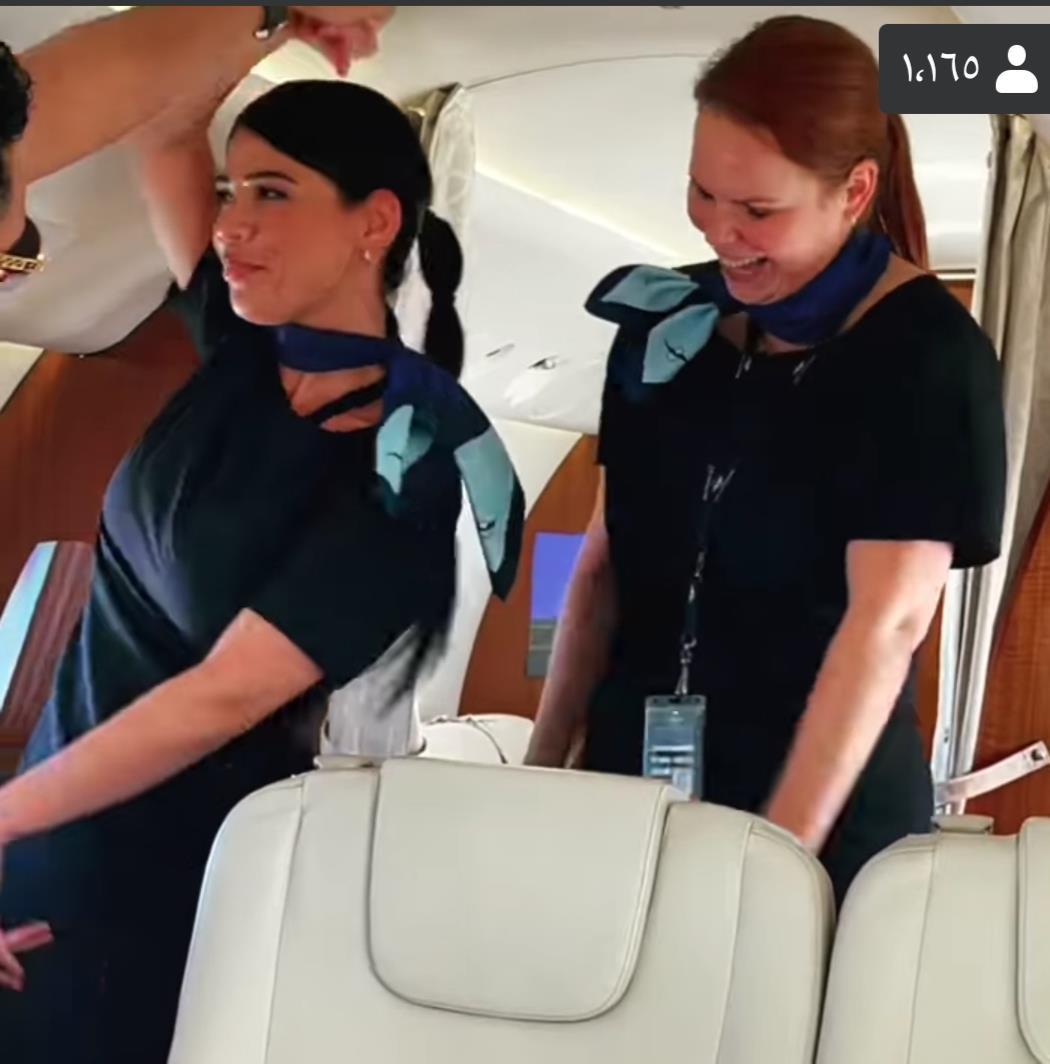 خاص   على طريقة الطيار الراحل ابو اليسر هل سيتم إيقاف مضيفات محمد رمضان