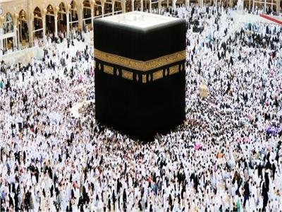 «المفوضين» توصى بإلغاء قرار السياحة بفرض رسوم على العمرة