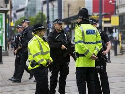إصابة شخصين في حادث دهس أمام مسجد ببريطانيا