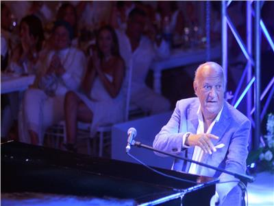بالصور  «عمر خيرت» يتألق في احتفالية ضخمة بحضور مشاهير الرياضة والمجتمع