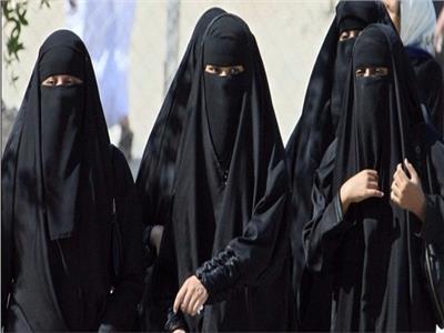 الجزائر تمنع ارتداء النقاب في الأماكن العامة