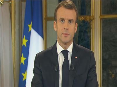 «السترات الصفراء» تنتصر.. بـ100 يورو «ماكرون» يلبي مطالب الفرنسيين