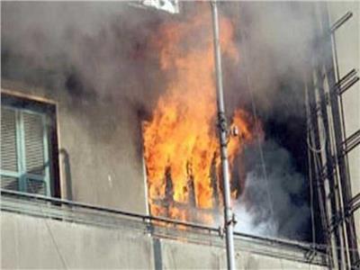 الأدلة الجنائية تعاين حريق منزل بالموسكي