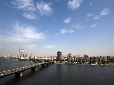 الأرصاد الجوية: طقس اليوم حار رطب على القاهرة