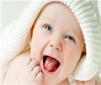 فحص البكتيريا الفموية للطفل تتنبأ بفرص إصابته بالبدانة