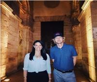 وزيرة السياحة تصطحب أوين ويلسون في جولة بشارع المعز