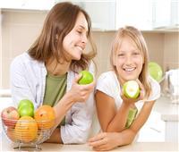 نصائح تغذية أطفال المدارس لتجنب نقص الحديد وتسوس الأسنان