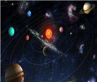 اكتشاف نجم صغير تدور حوله كواكب عملاقة