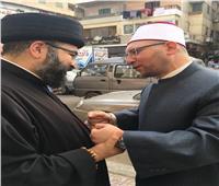 المدبر البطريركي لأبارشية القاهرة الكلدانية يعايد بالمولد النبوي