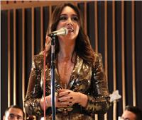 «میسا» تُطلق ألبومها الجدید «Call Me a Stranger» من هولیود