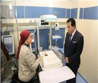 صور| وزير التعليم العالي يفتتح مشروع غرف العزل للقلب بمستشفى أبو الريش