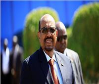 بالصور| الرئيس السوداني يصل سوريا في أول زيارة لرئيس عربي منذ 2011