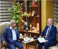 محافظ أسوان يشيد بجهود الإمارات في إقامة مشروعات خدمية لأهالي للأهالي