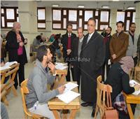 عبد الفتاح سعود يتفقد لجان الامتحانات بـ«ألسن عين شمس»