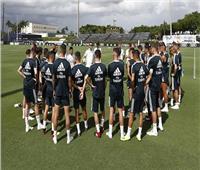 نجما ريال مدريد بقائمة موقعة إشبيلية