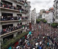 رويترز: عشرات الآلاف يشاركون في احتجاجات مناهضة لبوتفليقة بالجزائر