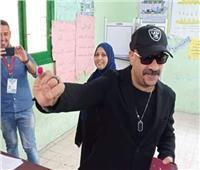 صورة| محمد سعد يدلي بصوته في الاستفتاء على التعديلات الدستورية