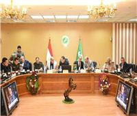 محافظ الشرقية يشكر قوات الجيش والشرطة على جهودهم في تأمين لجان الاستفتاء