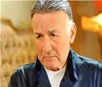 «المهن التمثيلية»: الفنان عزت أبوعوف يستجيب للعلاج بشكل جيد
