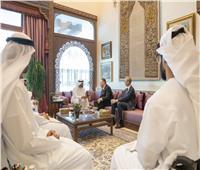 ولي عهد أبوظبي ووزير الخارجية الأمريكي يبحثان تطورات الأوضاع في المنطقة