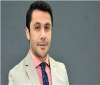 فيديو | أحمد حسن يشارك المتعافين من الإدمان مباراة كرة قدم