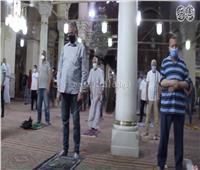 العودة للمساجد  شاهد أول صلاة ظهر من مسجد السيدة زينب بعد كورونا