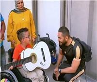رساله إنسانية من تامر حسني لطفل من ذوي الاحتياجات الخاصة