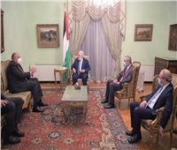 الرئيس الفلسطيني يلتقي وزير الخارجية المصري بالقاهرة