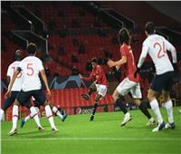 فيديو| مانشستر يونايتد يسجل هدف التعادل في سان جيرمان
