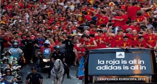 بالصور .. استقبال ملكي لأبطال يورو 2012