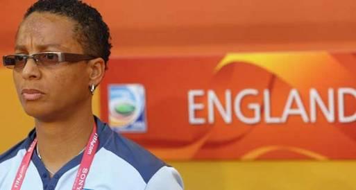 باول تحقق حلمها في بطولة القدم النسائية البريطانية بالاوليمبياد